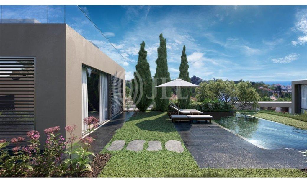 3 bedroom Villa with terrace Estoril Villas