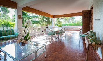 House in magnificent location for sale