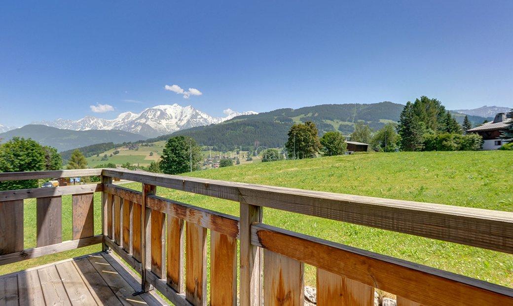 Chalet for sale view Mont Blanc Combloux