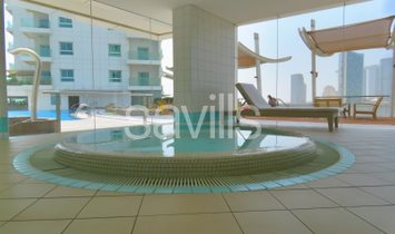 Large brand new three bedroom apartment with sea view
