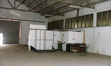 **Bank Repossession** - Warehouse for sale in Vila Real Santo António