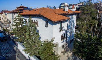 Villa a Settore 1, Bucarest, Romania 1
