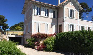 House in(at) Saint-Cyr-sur-Mer