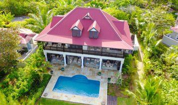 Villa in Seychelles 1