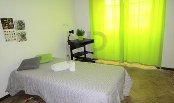 Lisbon, Estefânia, Arroios, Apartment with 9 rooms, ideal for investment in student lease. EXCLUSIVE