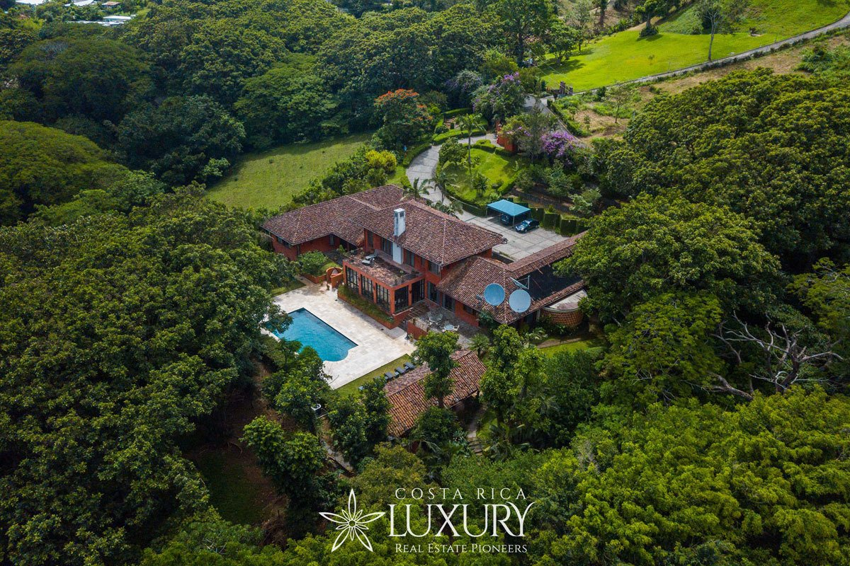 Estate in Santa Ana, San José Province, Costa Rica 1