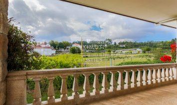 Sale of luxury villa with wide plot, Vila do Conde, Portugal