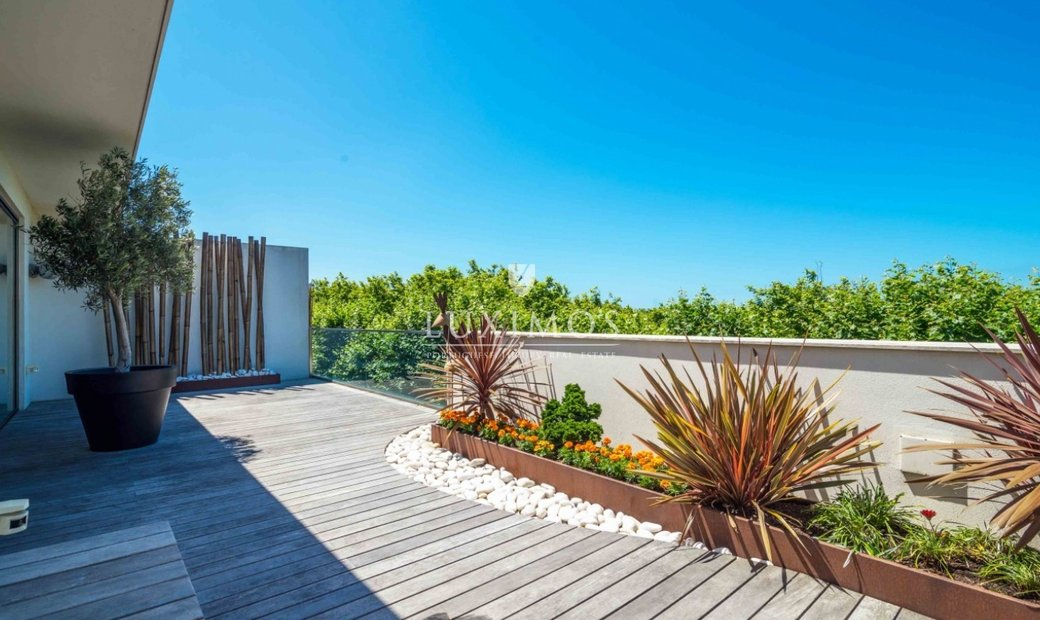 Penthouse with garden and pool, Vila Conde, Porto, Portugal
