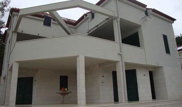 Villa for sale in Bol, Island Brac