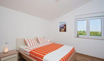 Villa for sale in Pomer, Pula