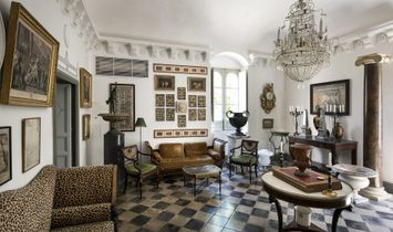 Charming Historic Residence In Sicily