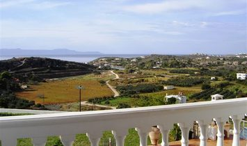 Villa with outstanding sea views