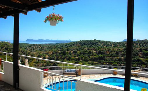 Villa in Stalos, Greece