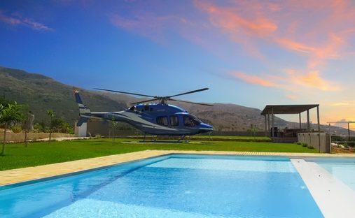 Villa in Tsikalaria, Greece