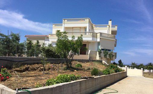 Villa in Akrotiri, Greece