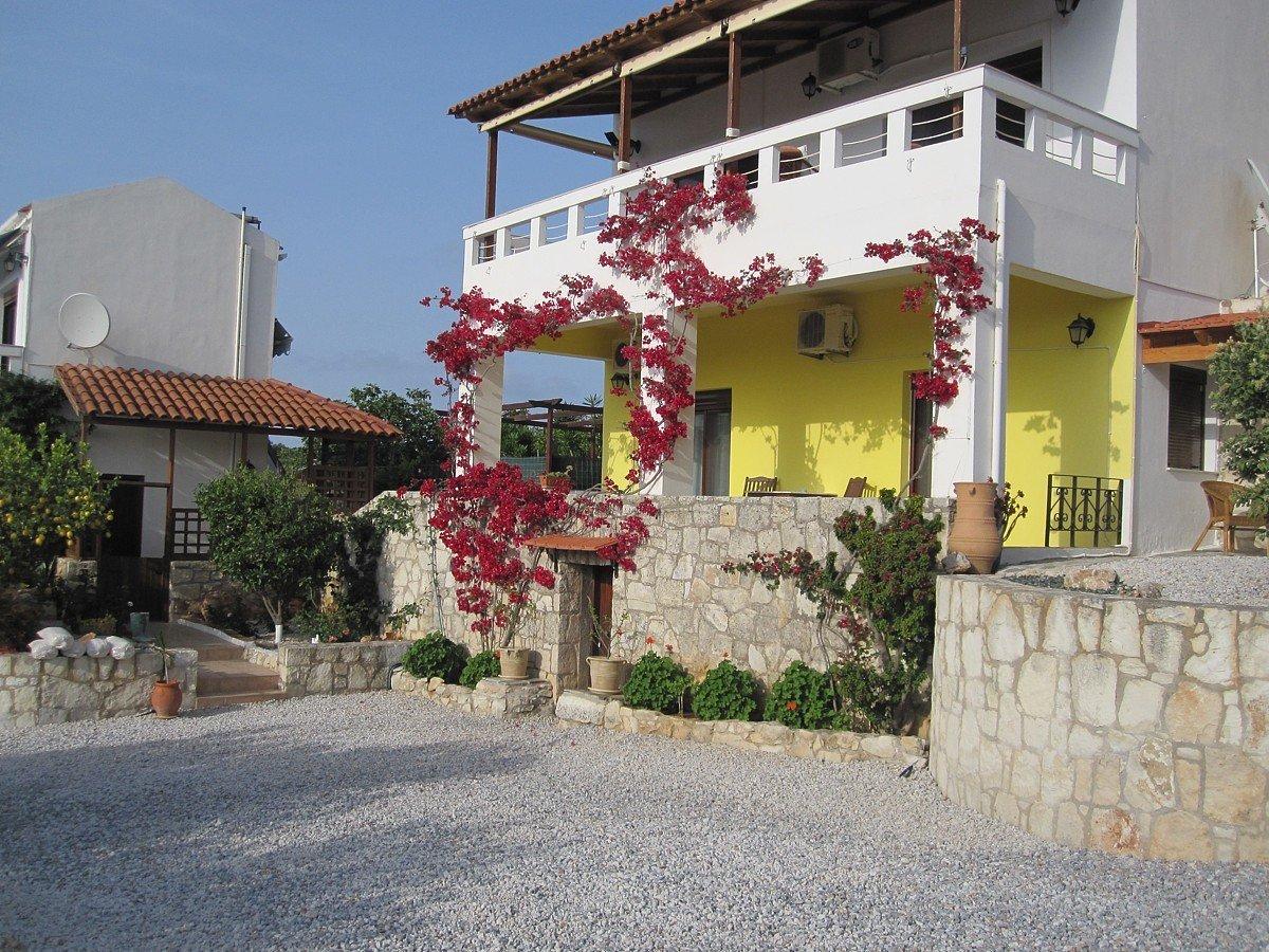 Villa in Kampia, Decentralized Administration of Crete, Greece 1