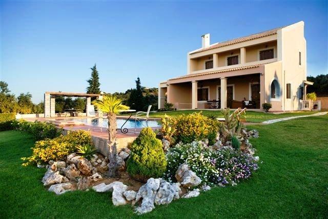Villa in Sternes, Decentralized Administration of Crete, Greece 1