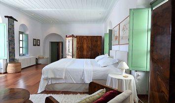 Excellent Villa in Paros