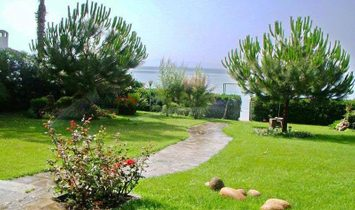 GREAT OPPORTUNITY! Heavily Reduced Seafront Villa Halkidiki. Distressed