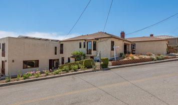 2426 Palomar Avenue