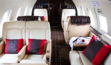Challenger 605 - Luxury Private Jet Charter