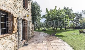 Equestrian country house in the Montseny