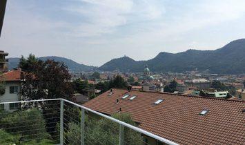 Modern villa next to city center of Como