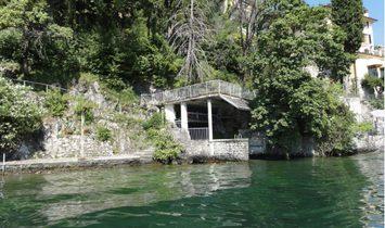 Water front villa in Bellagio