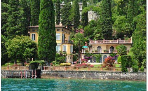 Villa in San Felice del Benaco, Lombardy, Italy