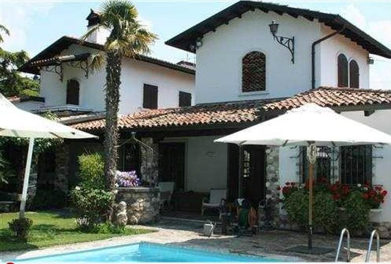 Villa in Bardolino, Veneto, Italy 1