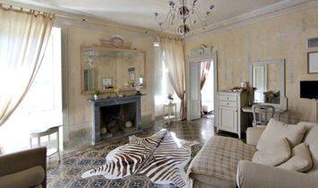 Villa in Laglio