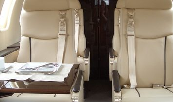 Learjet 40 - Luxury Private Jet Charter