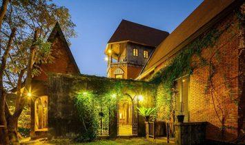 Villa in Distretto di Tha Muang, Thailandia 1