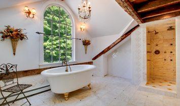 Gracious Farmhouse Colonial