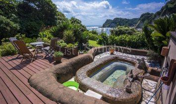 Reef Break Resort