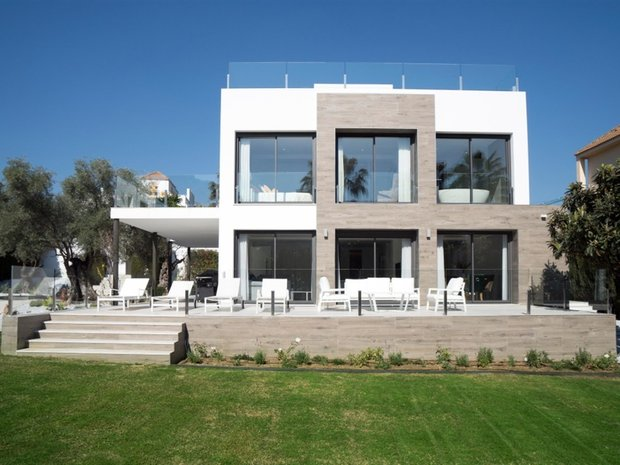 House in Nueva Andalucía, Andalusia, Spain 1