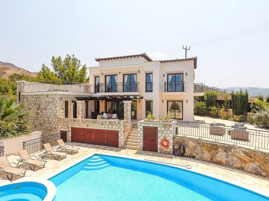 Villa in Agia Marina Chrysochous, Paphos, Cyprus 1