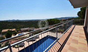 Tordera Villa