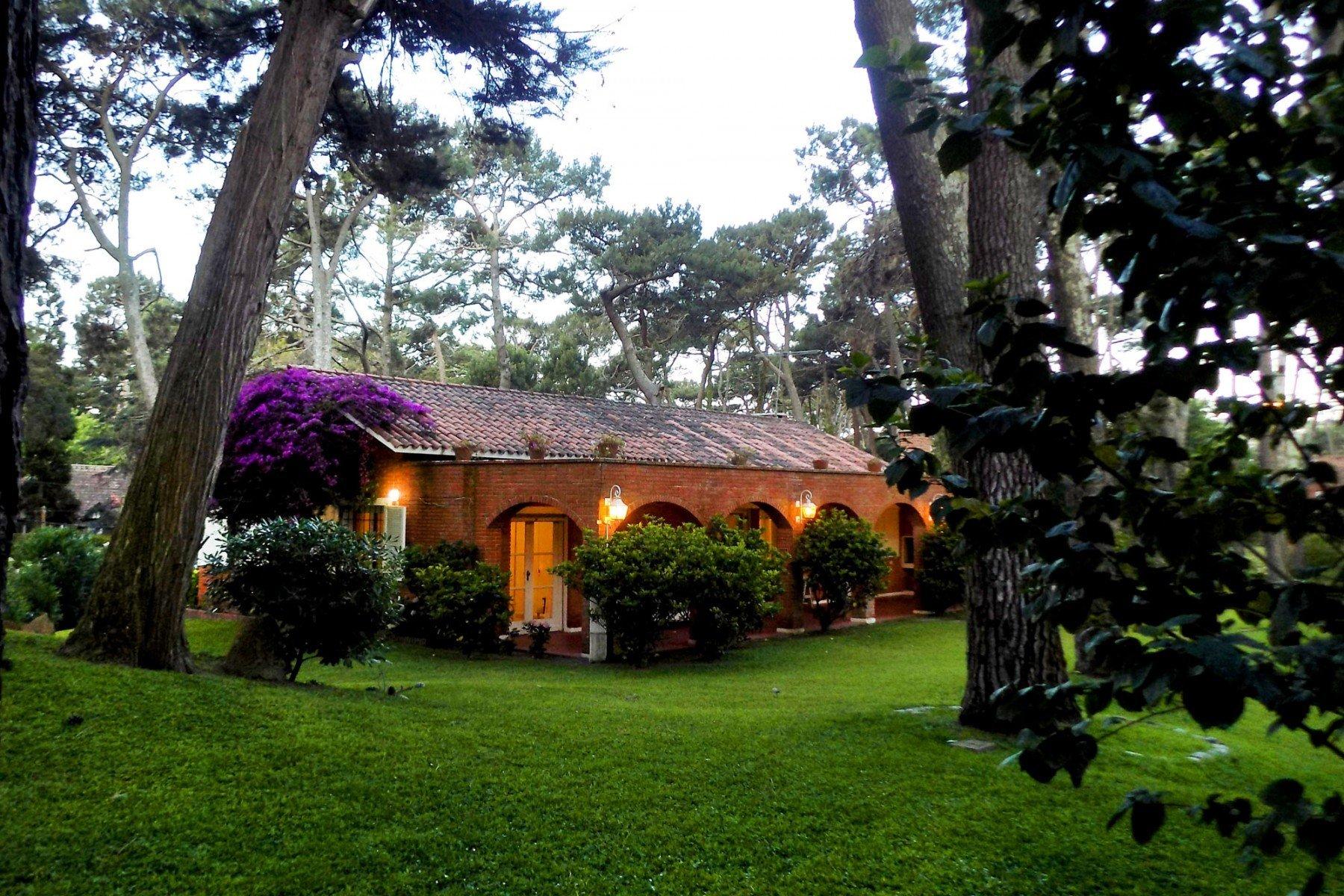 Chalet in Punta del Este, Maldonado Department, Uruguay 1
