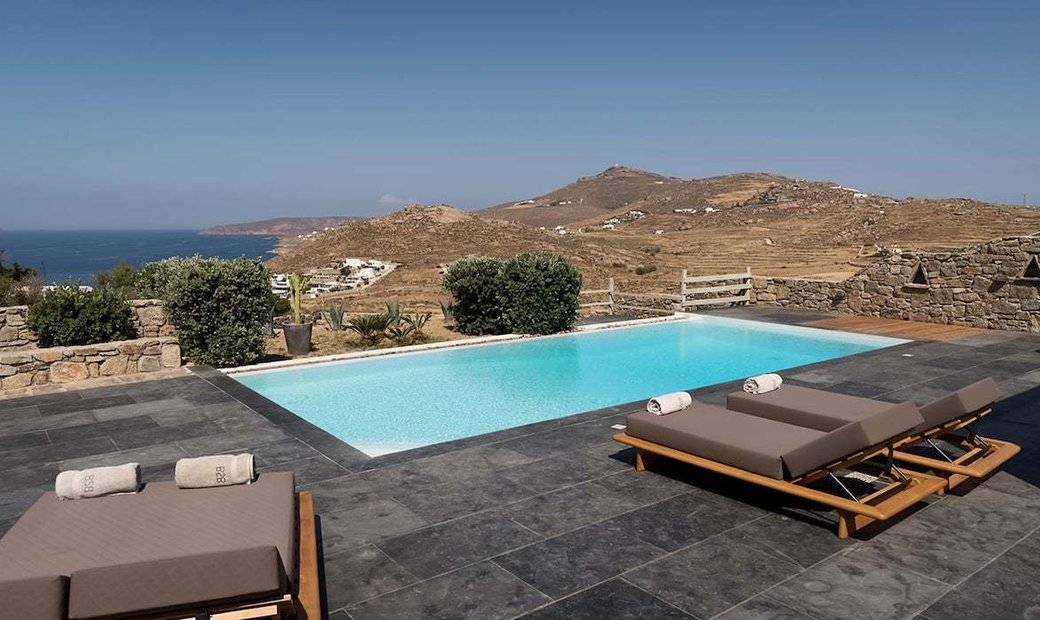 4 Villas for Sale in Mykonos Kalafatis area