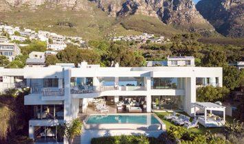 Villa in Cape Town, Western Cape, South Africa 1