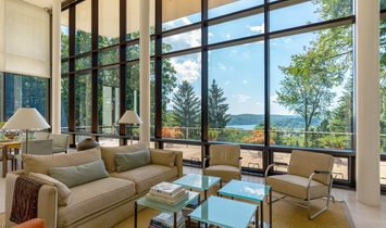 Glass House On The Hill