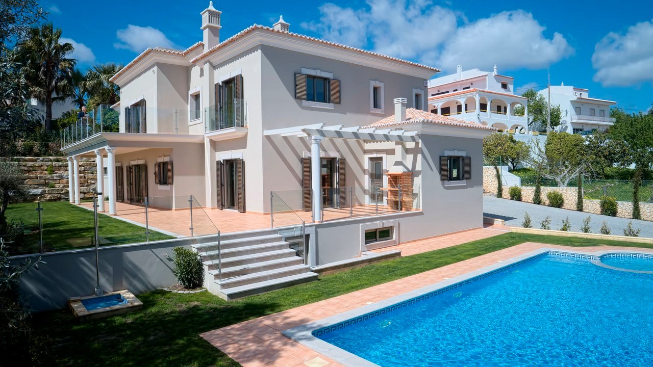 Villa in Boliqueime, Algarve, Portugal 1