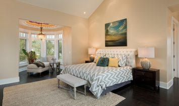 Sophisticated Coastal Style Custom On 1.56 Acres Is A Connoisseur's Dream