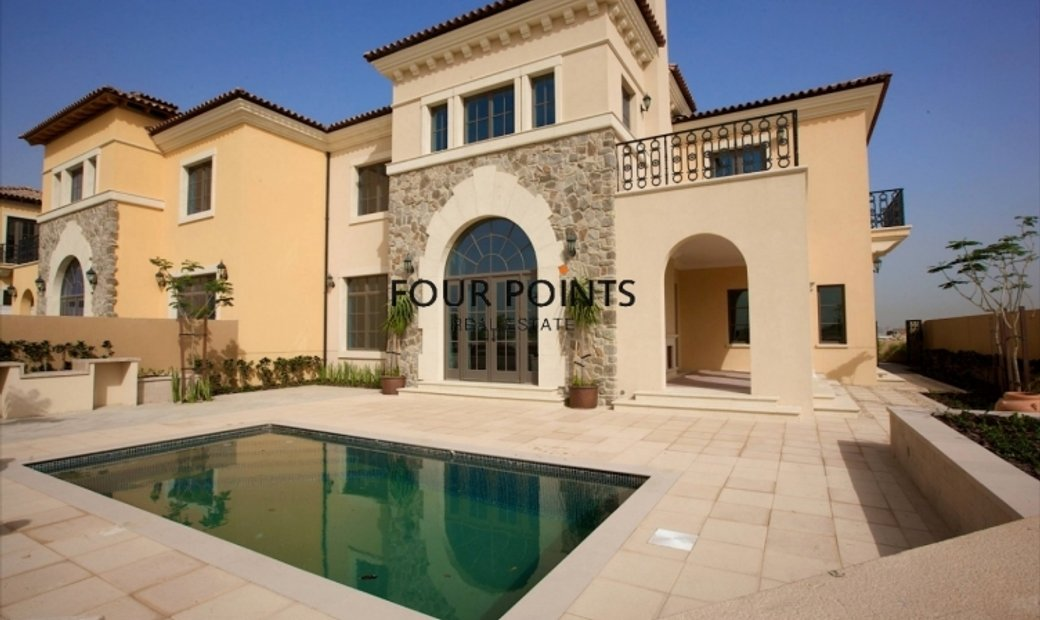 Whispering Pines 4 Brdroom Villa with Private Pool