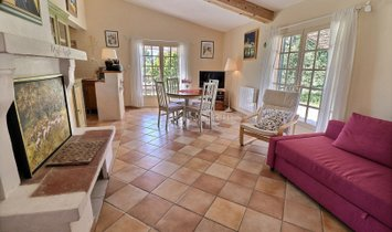Converted 18th century windmill for sale in the South Luberon