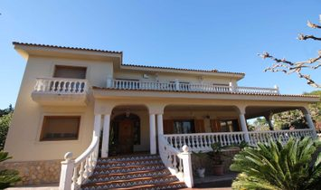 Extraordinary property in the residential area of San Vicente del Raspeig