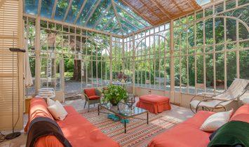 Delightful Nineteenth Century Villa With Big Park