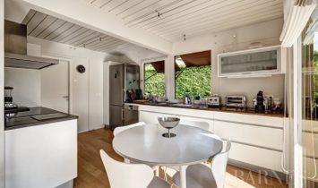 House in(at) Menthon-Saint-Bernard