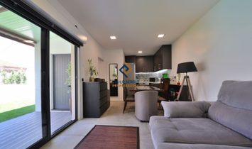 New 3 bedroom villa located in the center of Espinho city, near the beaches and casino, set in a plo